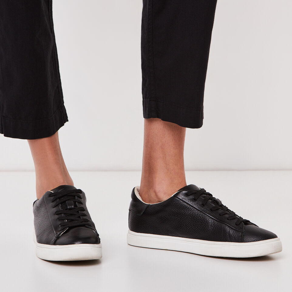 Roots-undefined-Nadeen Pant-undefined-E