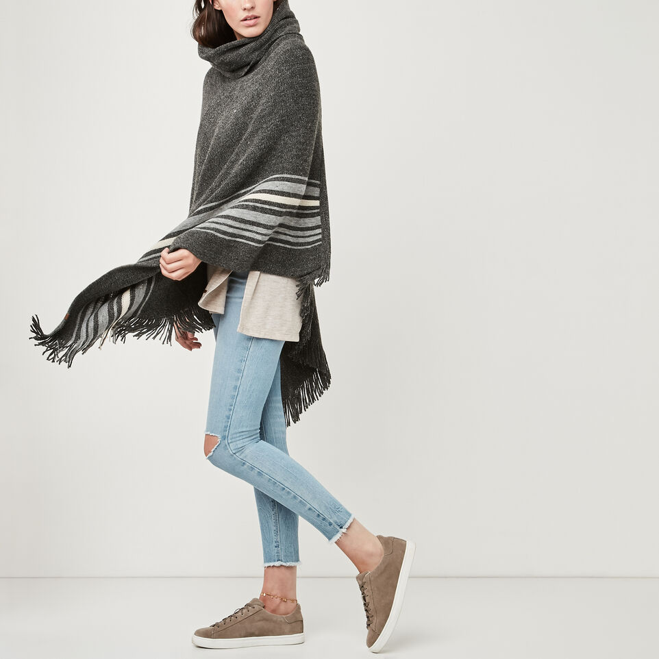 Roots-undefined-Francis Poncho-undefined-B