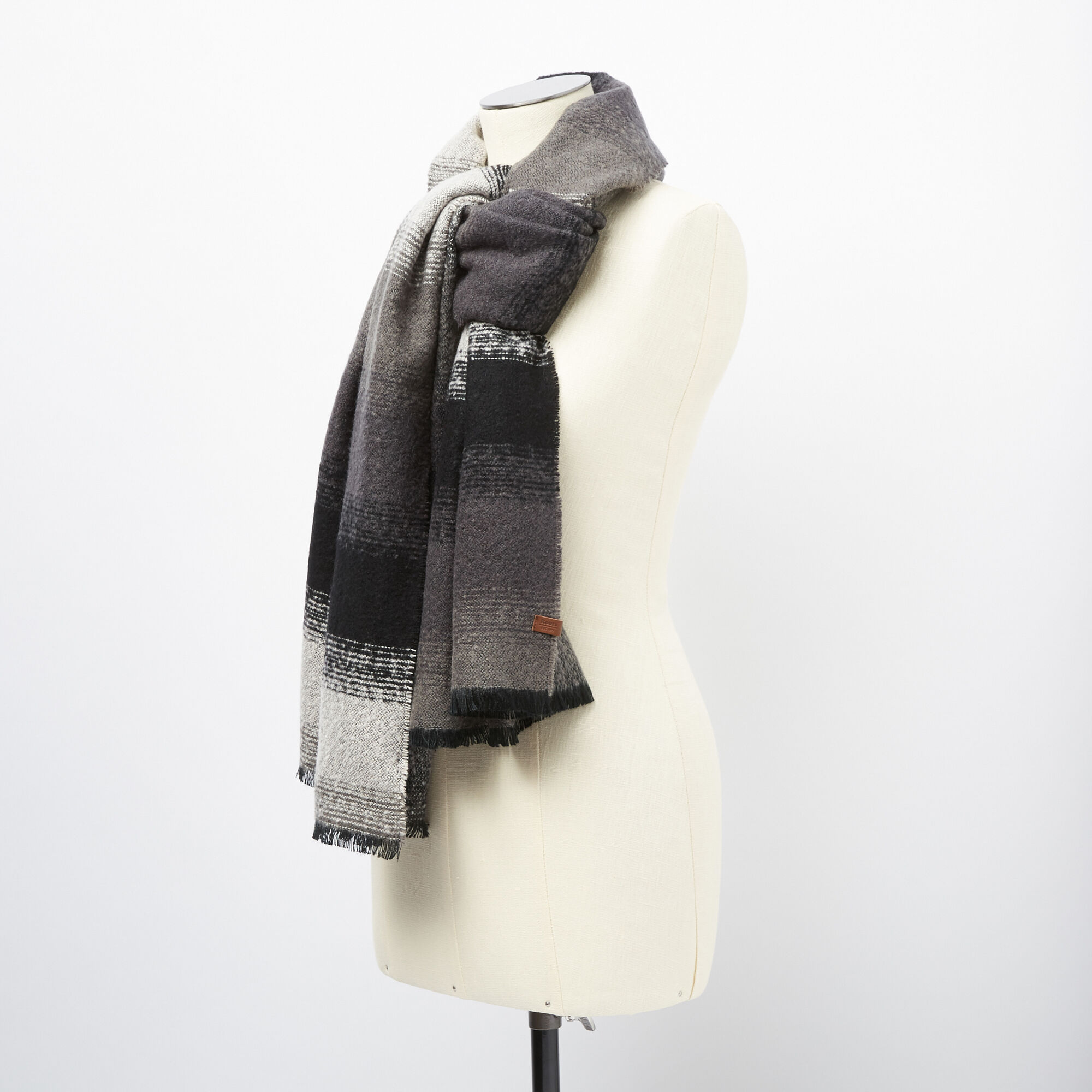 Foothills Scarf