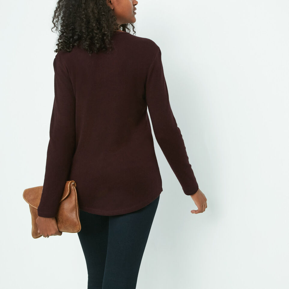Roots-undefined-Dore Henley-undefined-C
