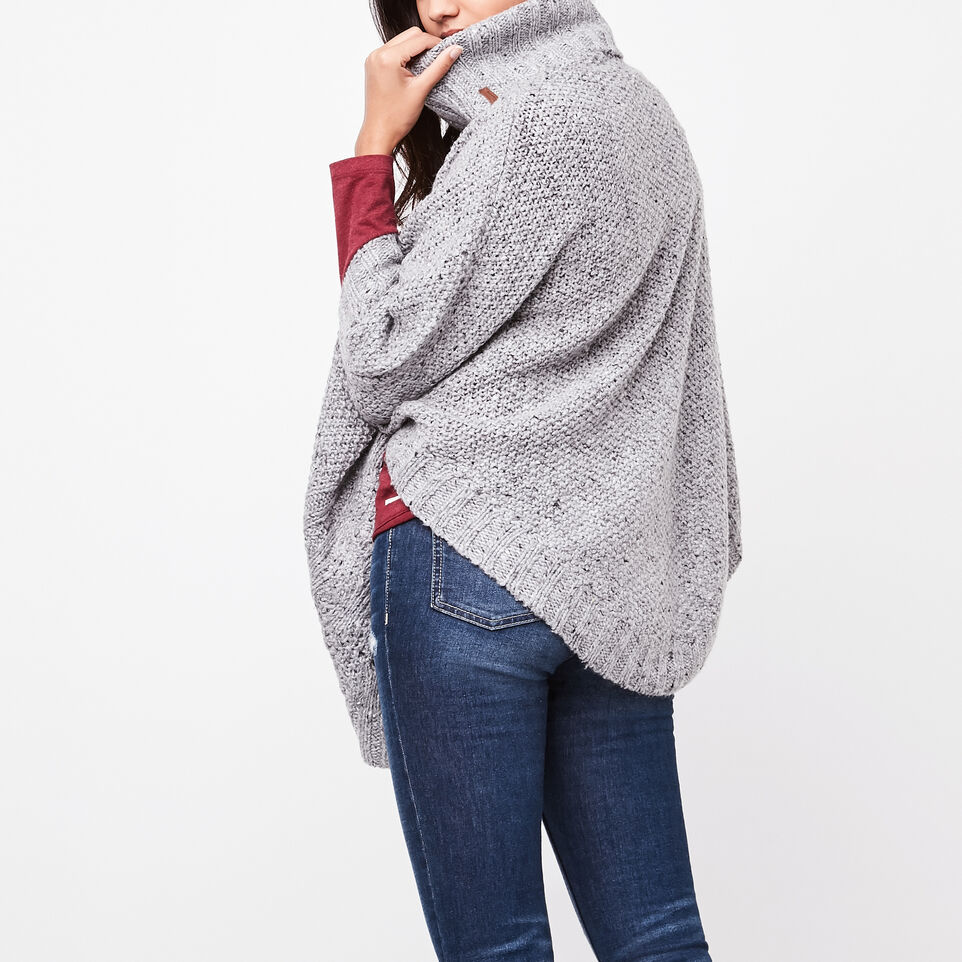 Roots-undefined-Poncho Brigitte-undefined-D