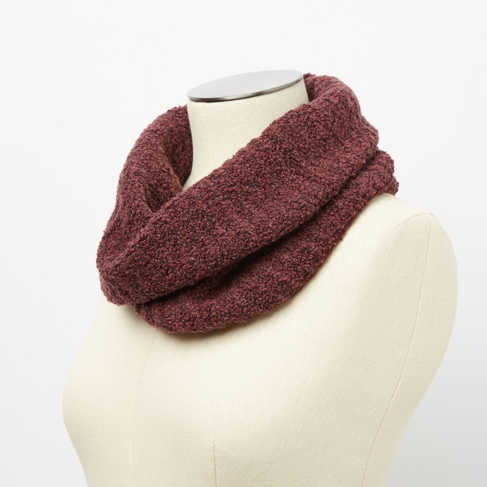 Roots-undefined-Dawna Snood-undefined-B