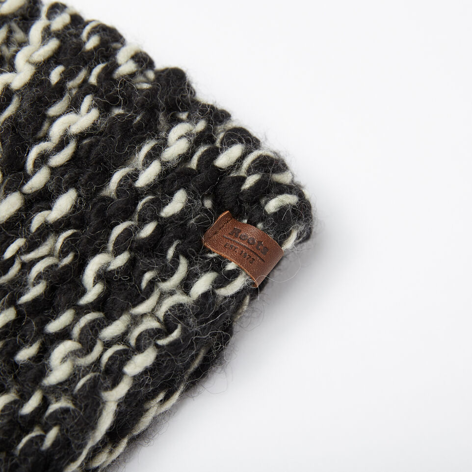 Roots-undefined-Sophie Chunky Pom Pom Toque-undefined-D