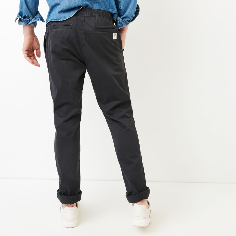 Roots-Men Our Favourite New Arrivals-Essential Pant-Charcoal-D