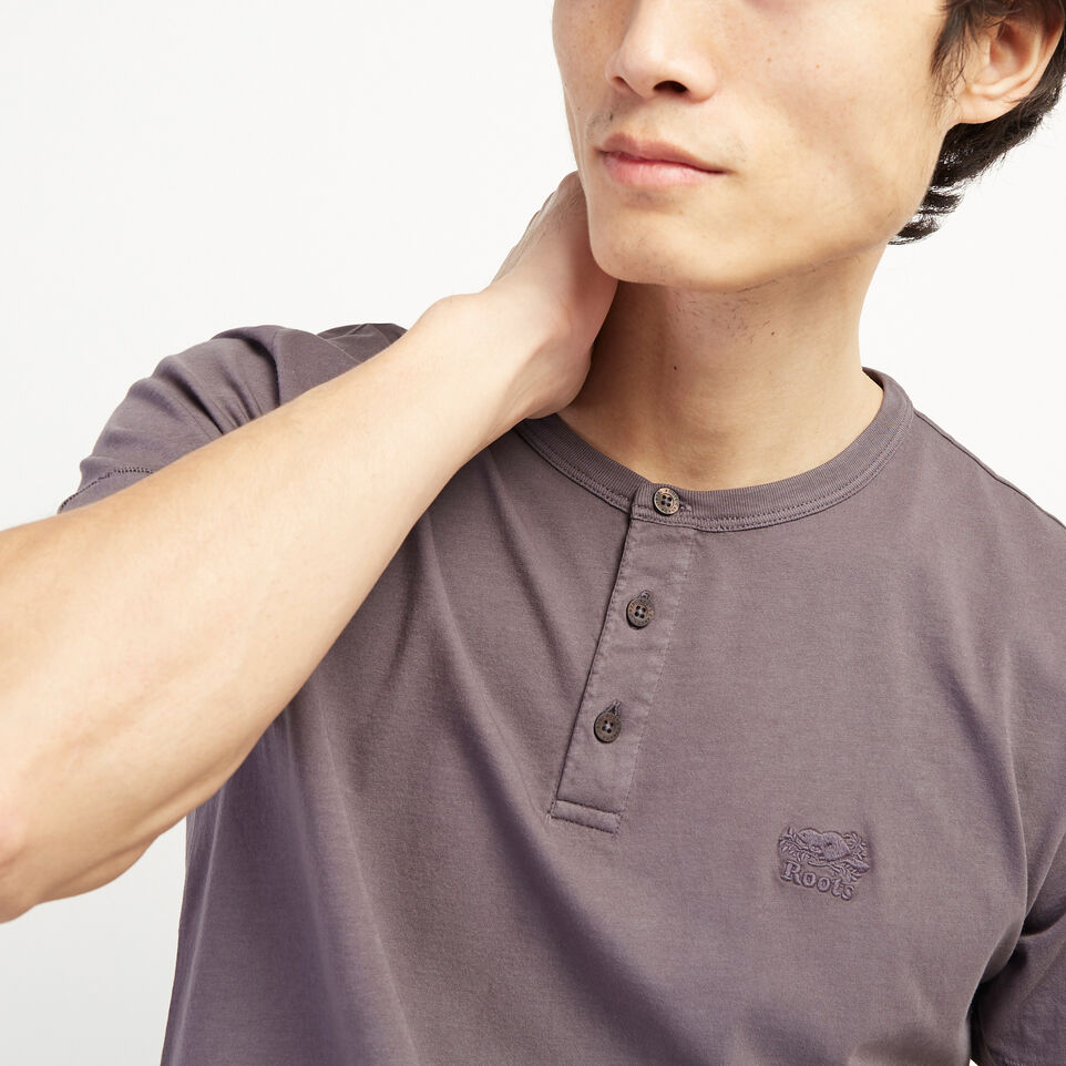 Roots-undefined-Essential Henley-undefined-E