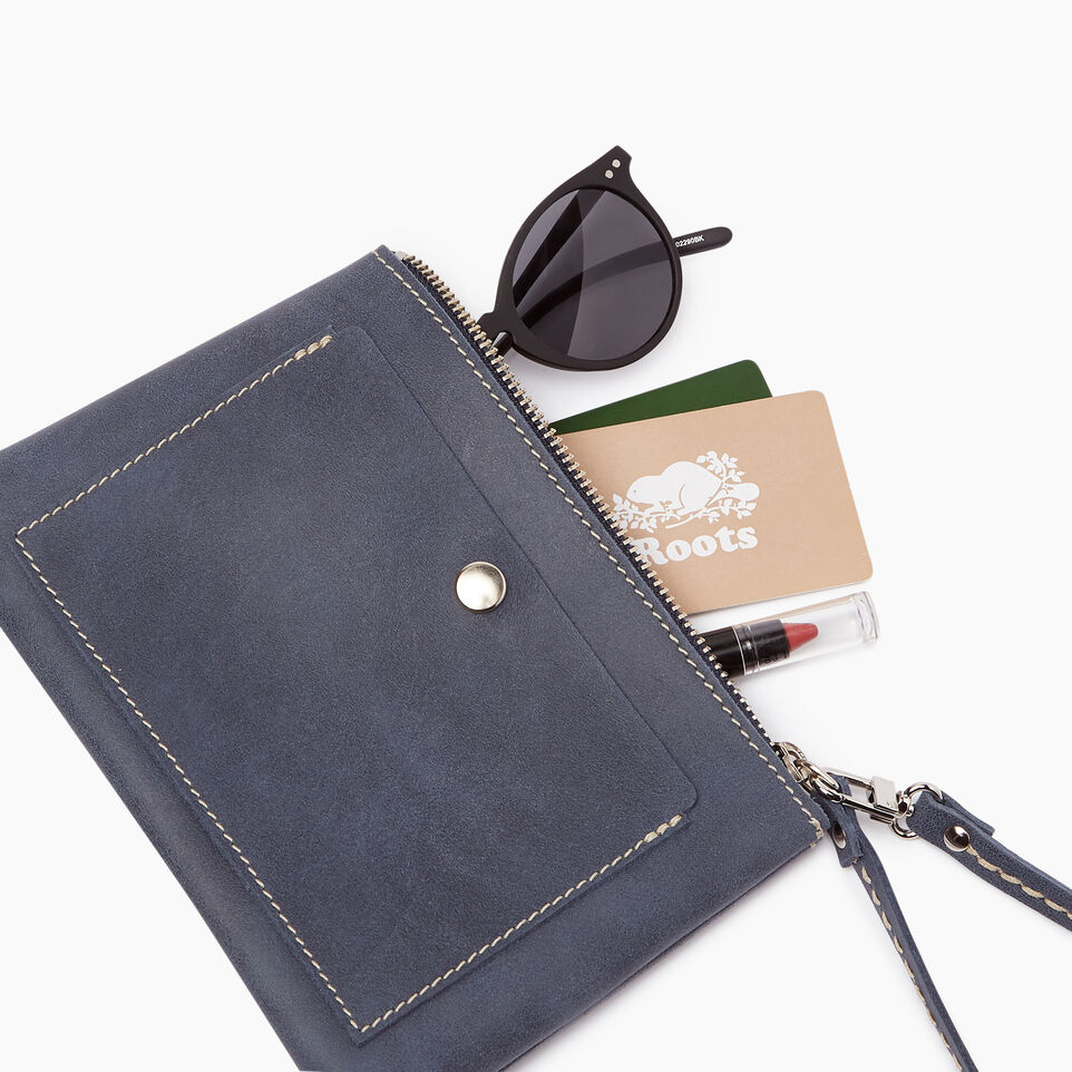 Roots-Leather Categories-Riverdale Pouch-Navy-B