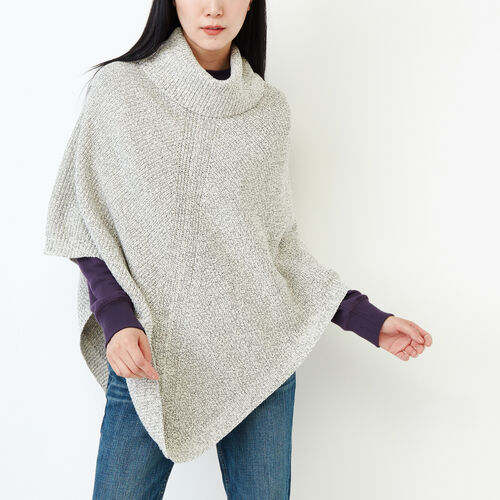 Roots-Women Our Favourite New Arrivals-Snowy Fox Poncho-Snowy Fox-A