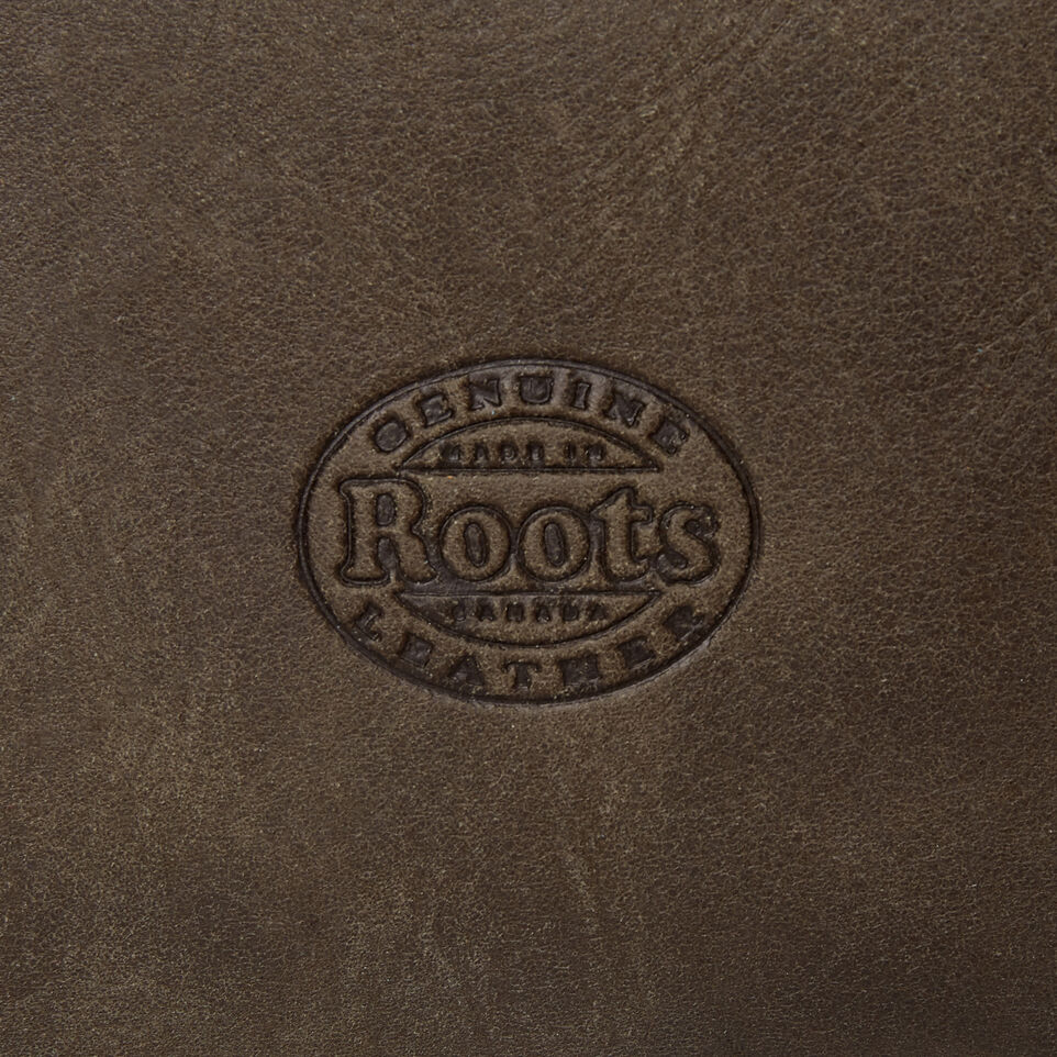 Roots-Leather Categories-Medium Zip Pouch-Pine-E