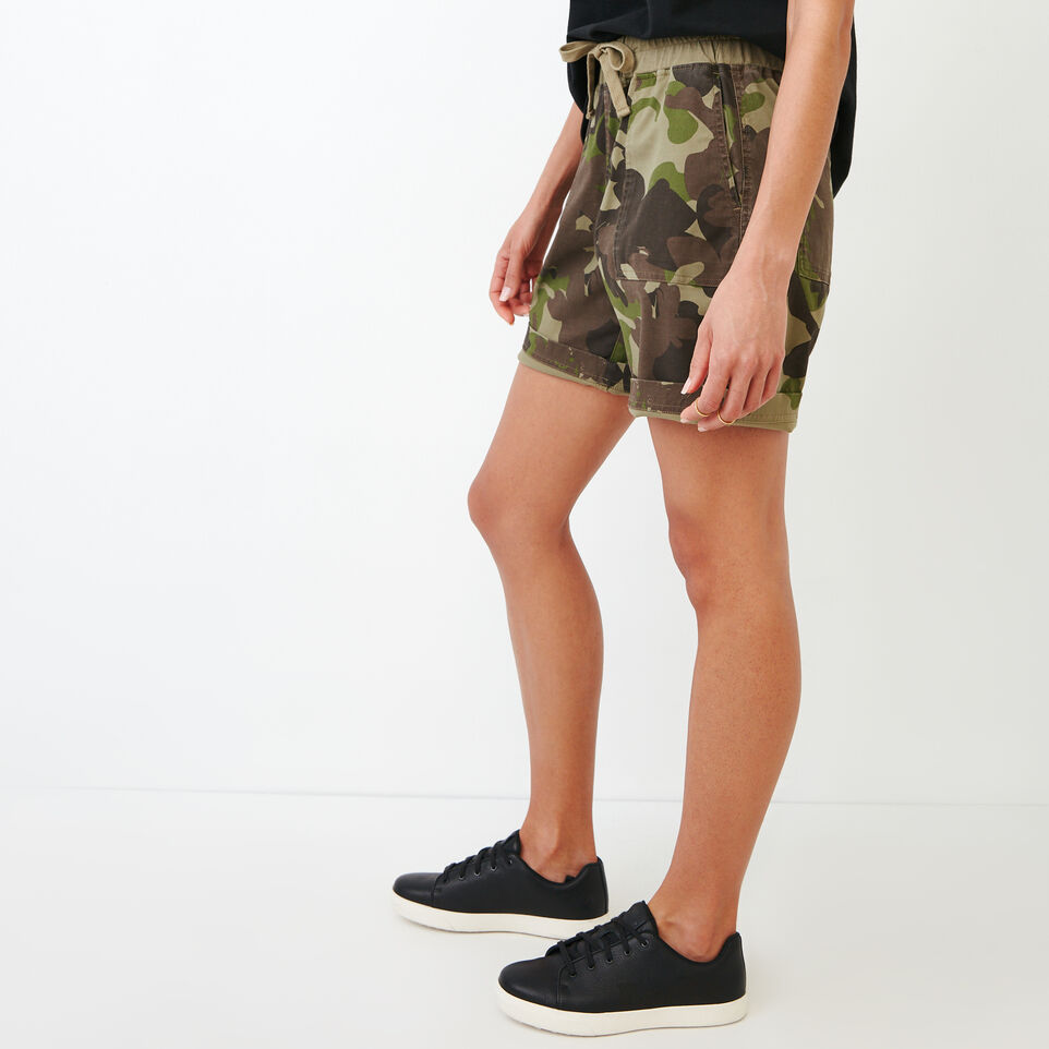 Roots-undefined-Essential Short-undefined-C