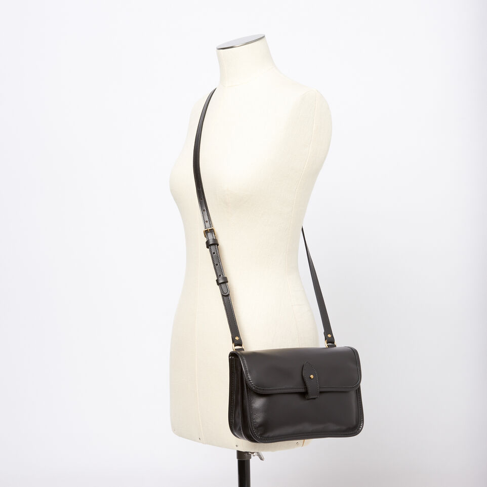 Roots-Winter Sale Leather-Sandys Bag Heritage-Black-B