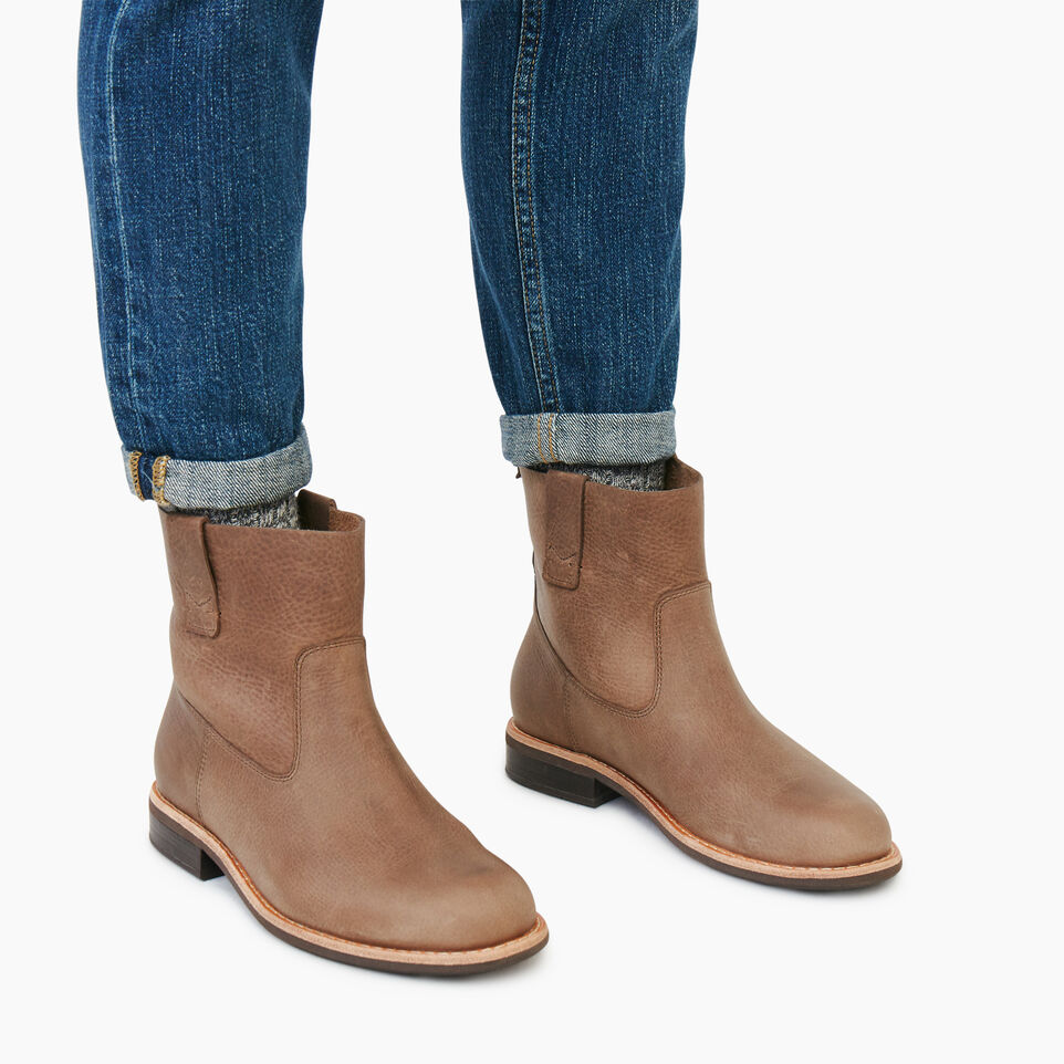 Roots-Women Categories-Womens Riverdale Shorty Boot-Fawn-B