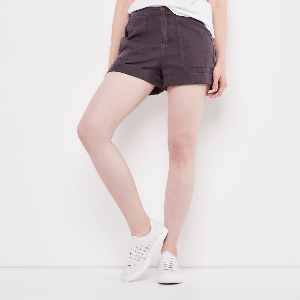 Roots-Nadeen Short