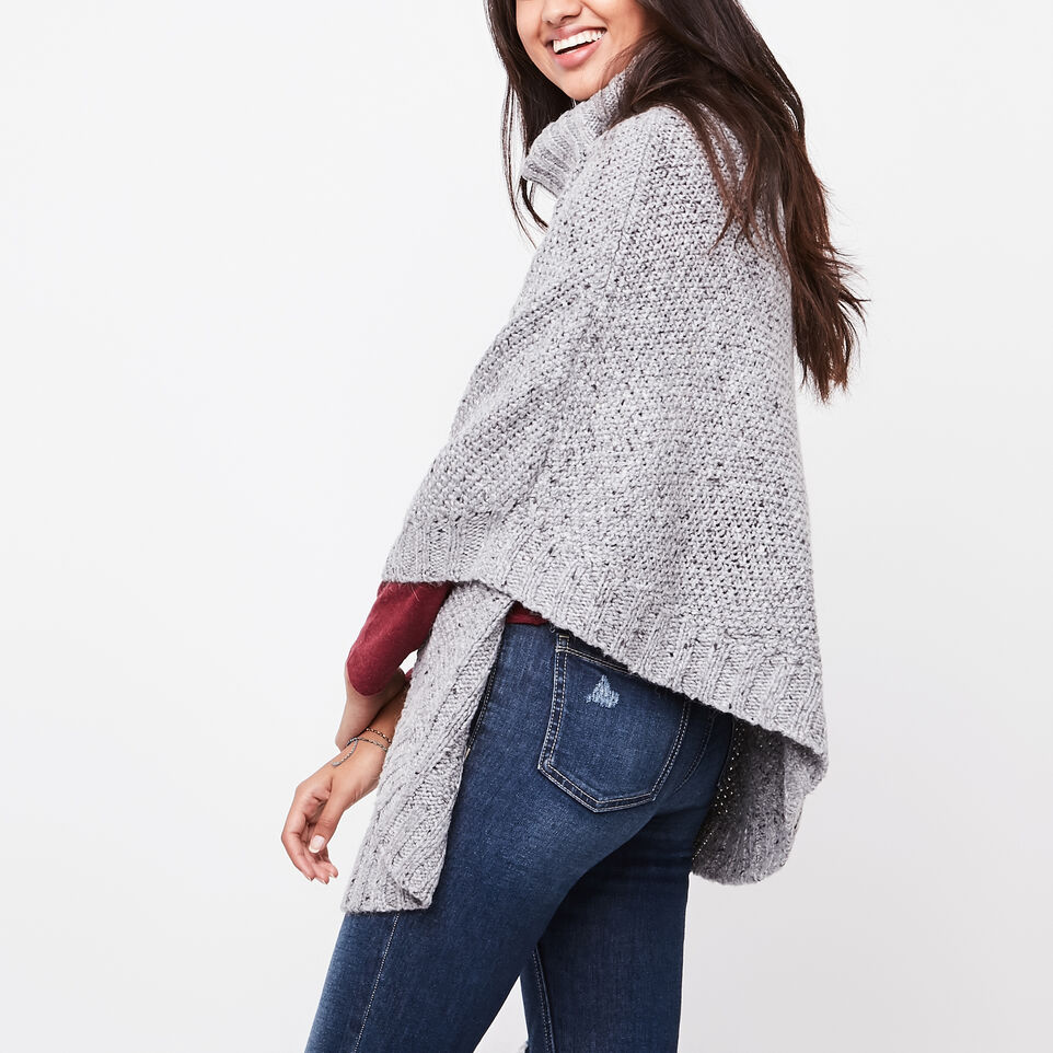 Roots-undefined-Poncho Brigitte-undefined-B