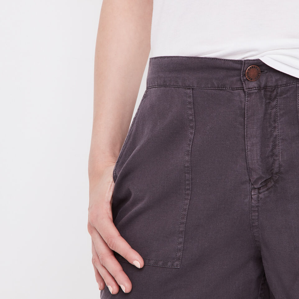 Roots-undefined-Nadeen Short-undefined-C