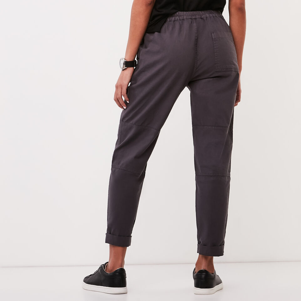 Roots-undefined-Nadeen Pant-undefined-D