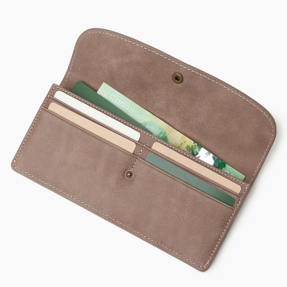 Roots-Leather Our Favourite New Arrivals-Riverdale Slim Wallet-Fawn-C
