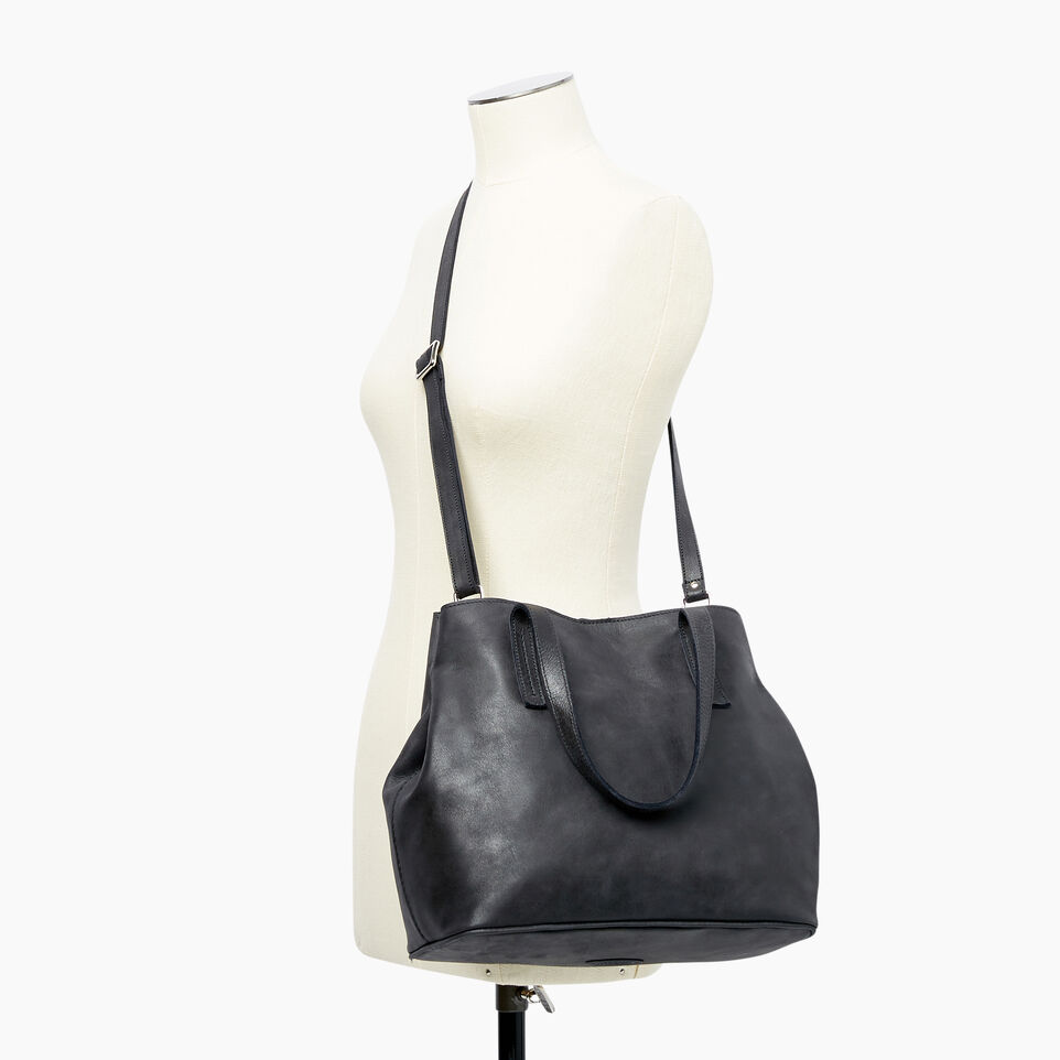 Roots-Leather Categories-Amelia Tote-Jet Black-B