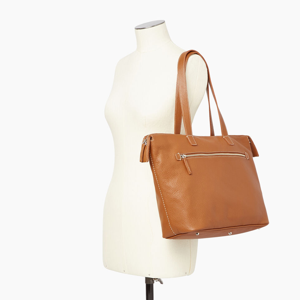 Roots-Leather Our Favourite New Arrivals-Go To Bag-Caramel-B