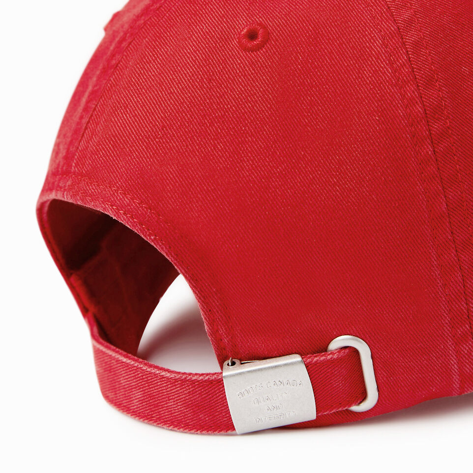 Roots-Men Our Favourite New Arrivals-Canada Leaf Baseball Cap-Red-E