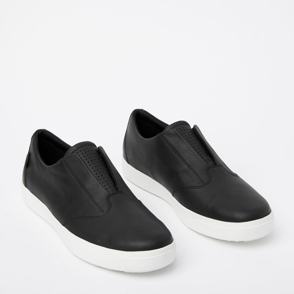 Roots-Clearance Footwear-Mens Valley Slip On-Black-B