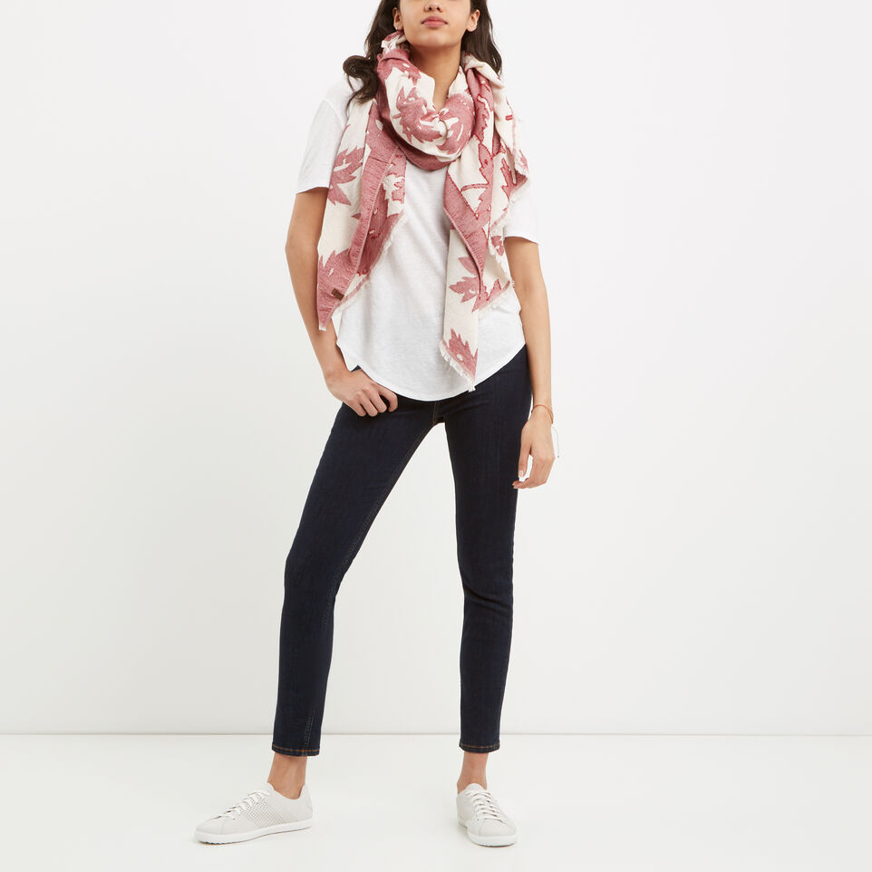 Roots-undefined-Lisa Scarf-undefined-B
